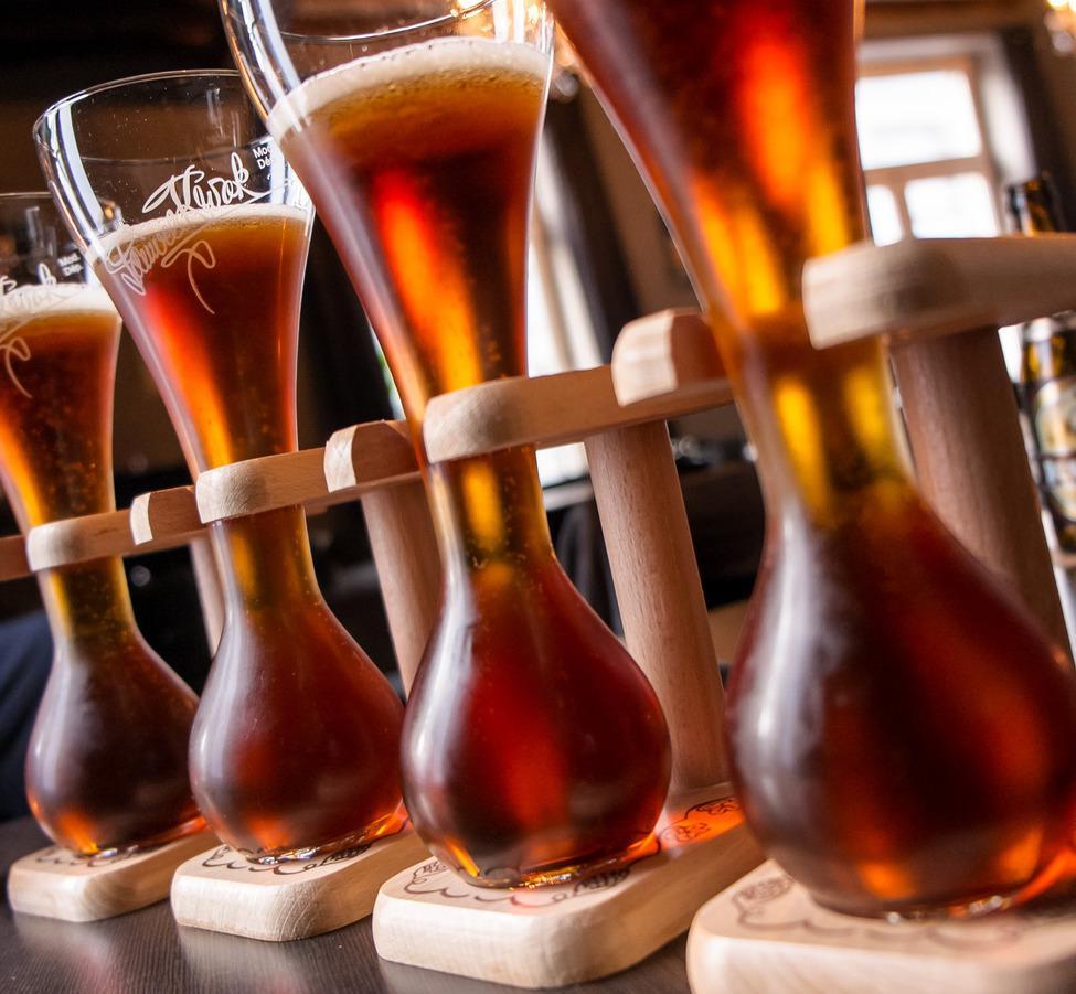 Image result for бельгийское пиво в бокалах